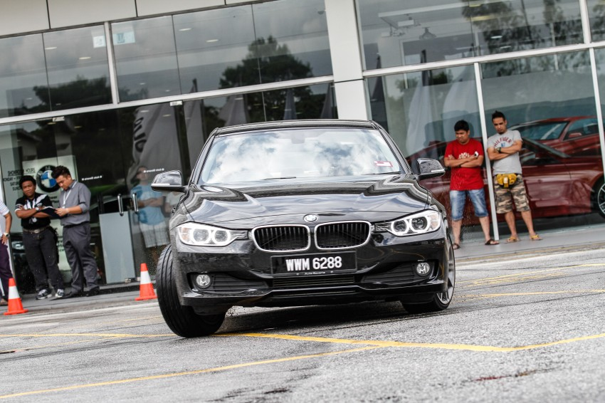 F30 BMW 3-Series 320d goes sideways at the Auto Bavaria Sg. Besi Dynamic Drive event Image #116488