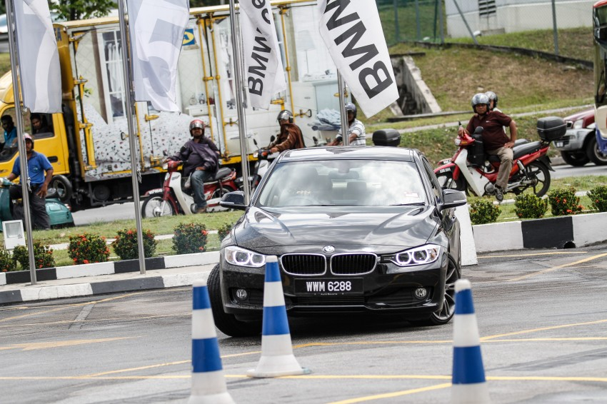 F30 BMW 3-Series 320d goes sideways at the Auto Bavaria Sg. Besi Dynamic Drive event Image #116494