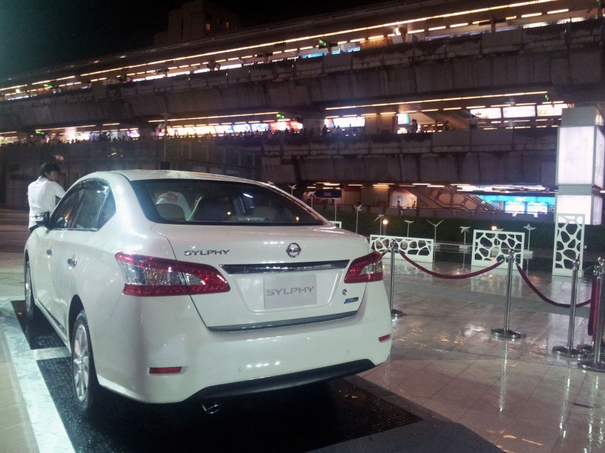 Nissan Sylphy launched in Thailand – new model gets improved 1.6, new 1.8, CVT; from 746,000 baht Image #128058