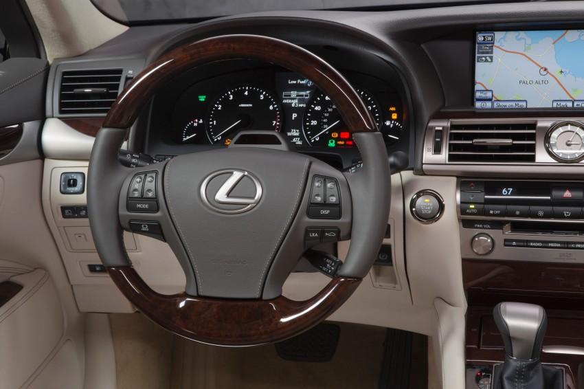 New Lexus LS unveiled, F Sport new addition to range Image #122395