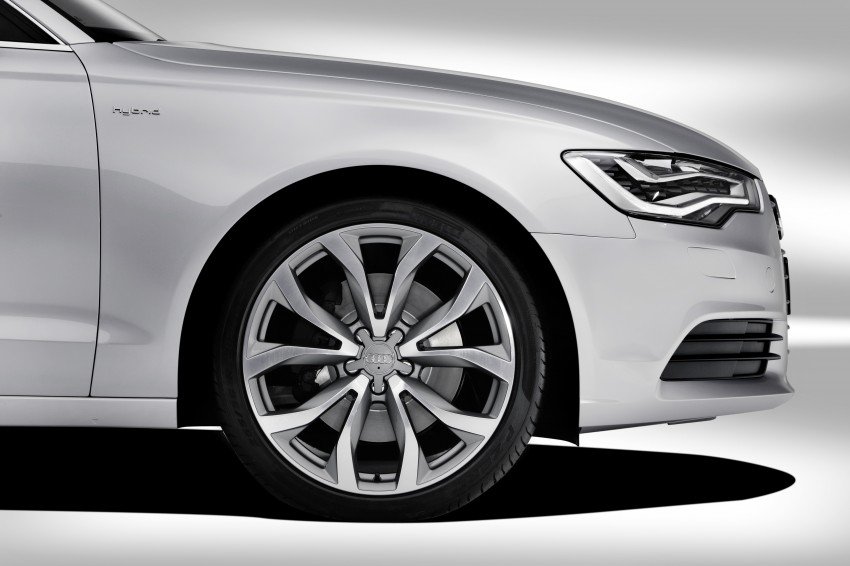 Audi A6 Hybrid officially launched – RM280k starting price, Comfort Key RM3k, reverse camera RM5k Image #157758