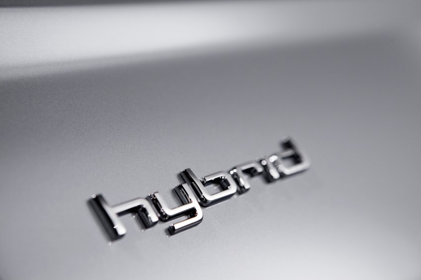 Audi A6 Hybrid officially launched – RM280k starting price, Comfort Key RM3k, reverse camera RM5k Image #157760