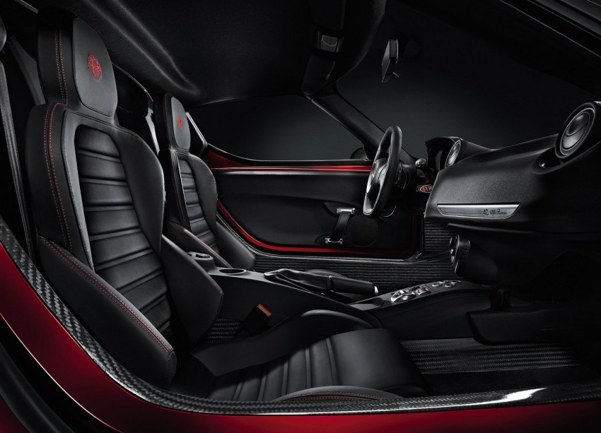 Alfa Romeo 4C – fresh images and details released Image #157143
