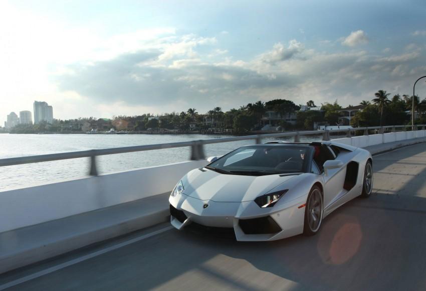 GALLERY: Lamborghini Aventador LP700-4 Roadster Image #157663