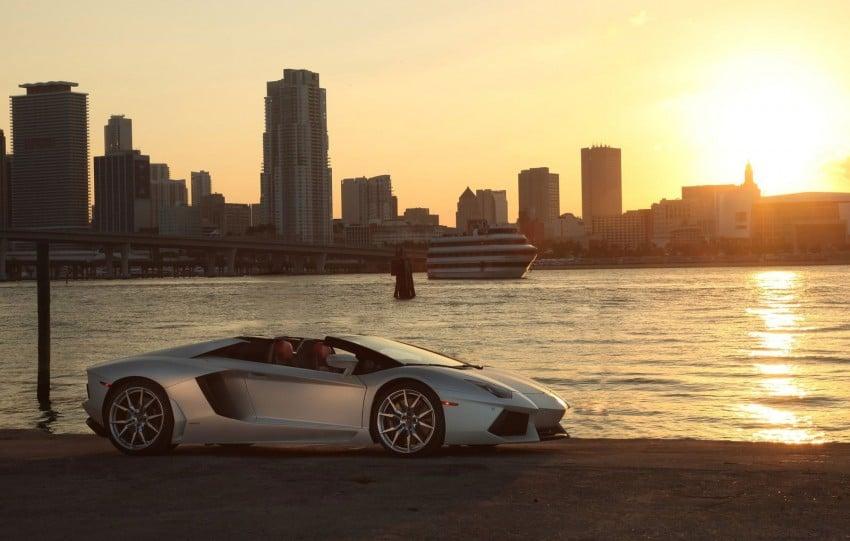 GALLERY: Lamborghini Aventador LP700-4 Roadster Image #157670