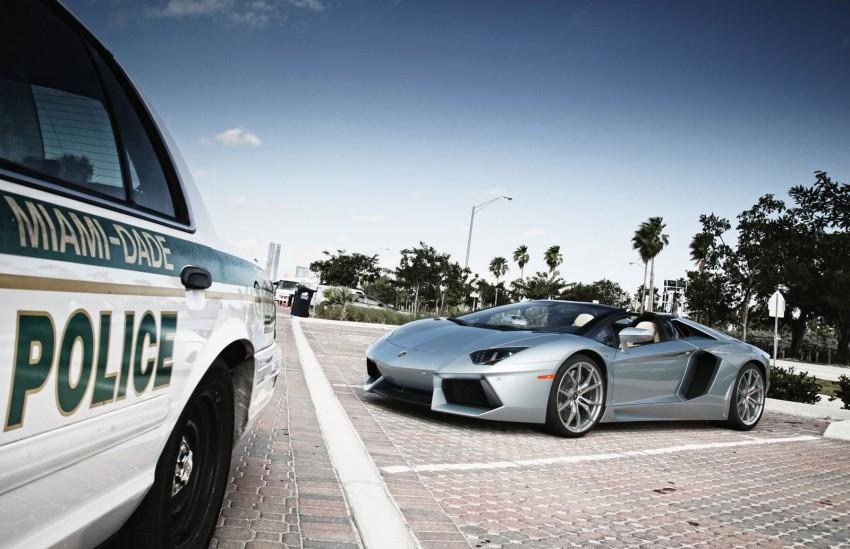 GALLERY: Lamborghini Aventador LP700-4 Roadster Image #157674