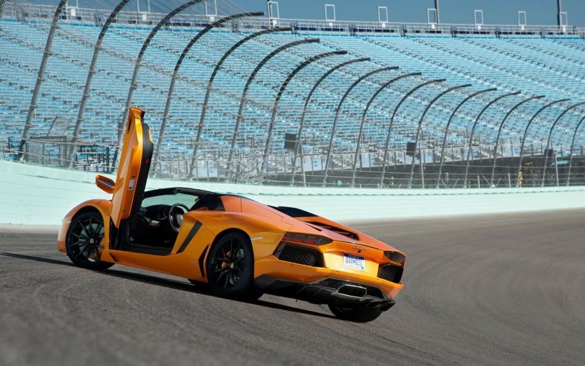 GALLERY: Lamborghini Aventador LP700-4 Roadster Image #157684