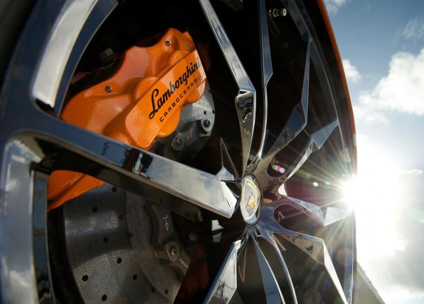 GALLERY: Lamborghini Aventador LP700-4 Roadster Image #157693