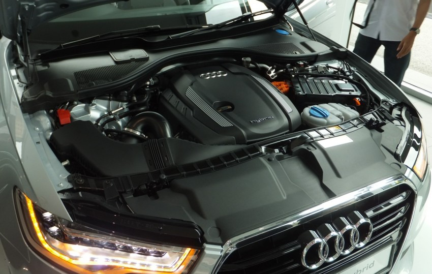 Audi A6 Hybrid officially launched – RM280k starting price, Comfort Key RM3k, reverse camera RM5k Image #157726