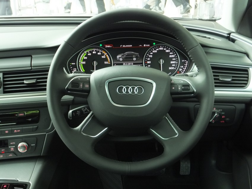Audi A6 Hybrid officially launched – RM280k starting price, Comfort Key RM3k, reverse camera RM5k Image #157746
