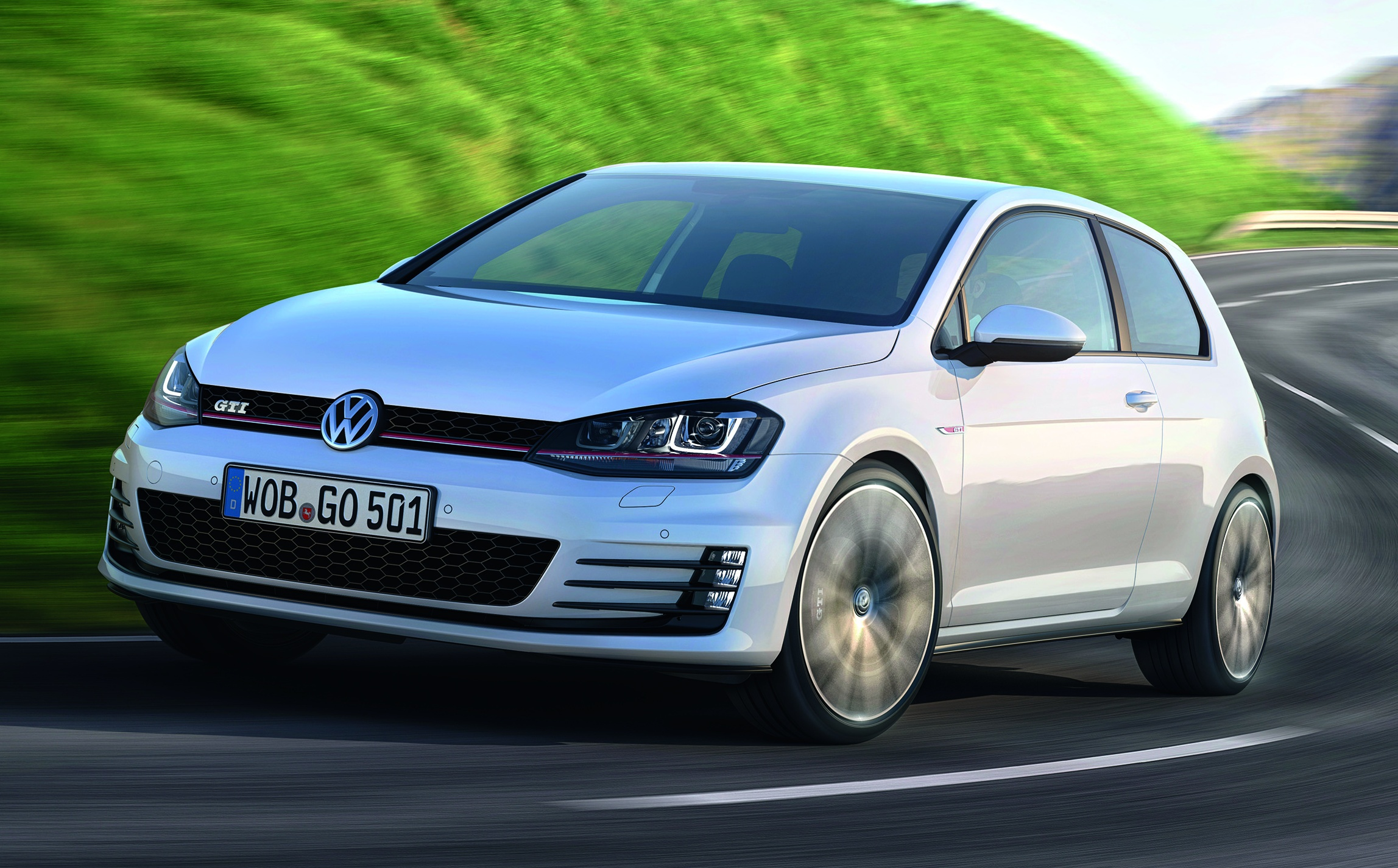 volkswagen golf gti mk7 to debut in geneva two output variants. Black Bedroom Furniture Sets. Home Design Ideas