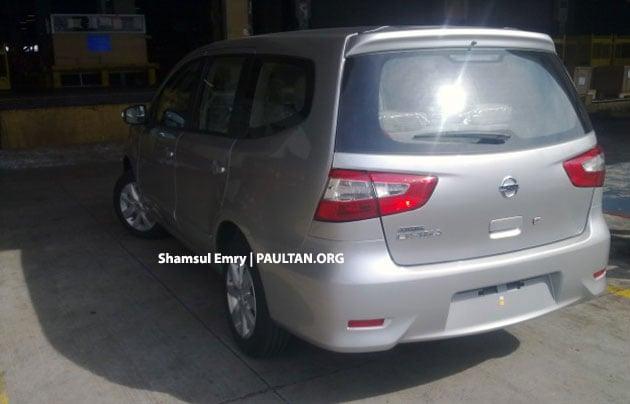 SPYSHOTS: Nissan Grand Livina facelift undisguised! Image #157275