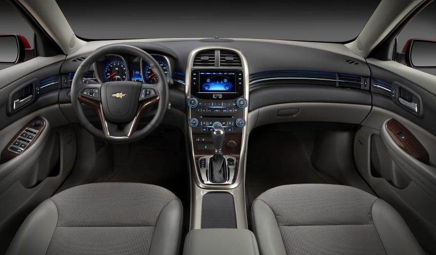 Chevrolet Malibu live at the 2013 Seoul Motor Show Image #165444