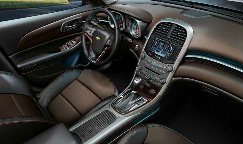 Chevrolet Malibu live at the 2013 Seoul Motor Show Image #165443