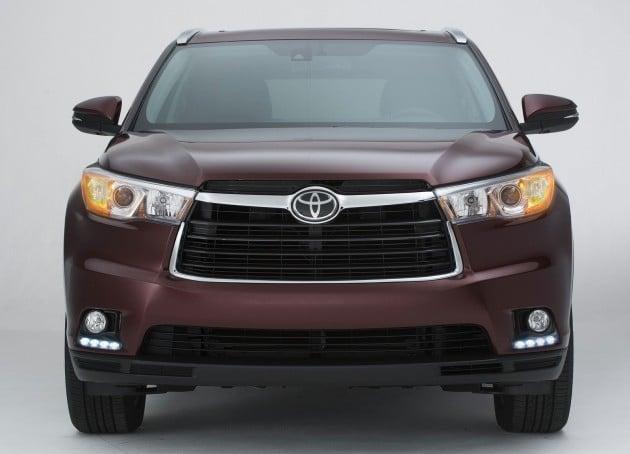 2014 Toyota Highlander-02
