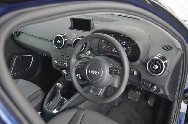 Audi_A1_Sportback_live_14
