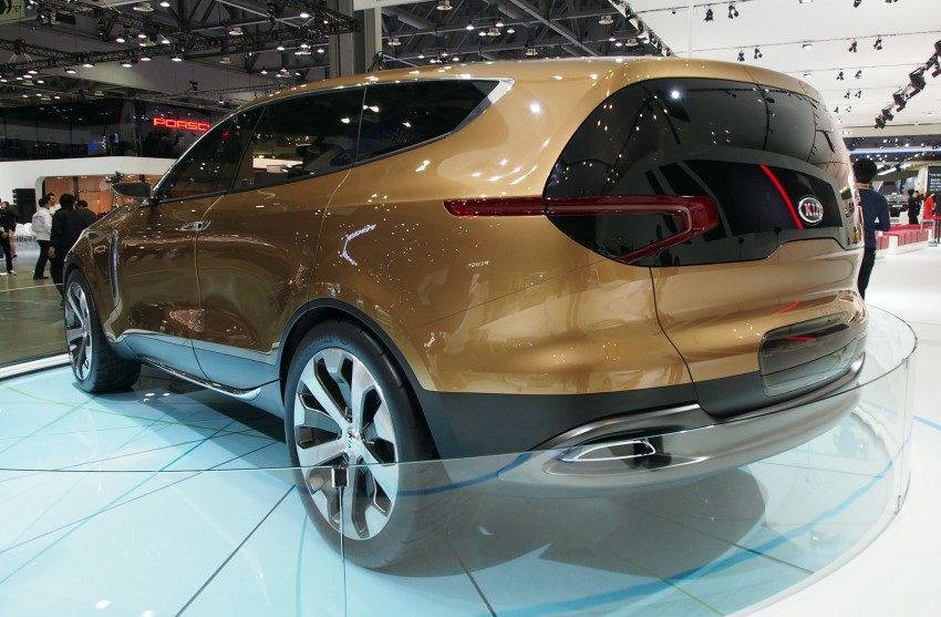 Kia Cross GT Concept – live images from Seoul 2013 Image #164688