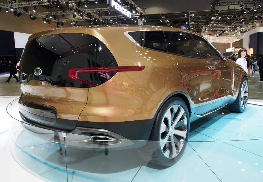 Kia Cross GT Concept – live images from Seoul 2013 Image #164690