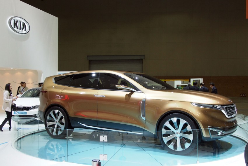 Kia Cross GT Concept – live images from Seoul 2013 Image #164692