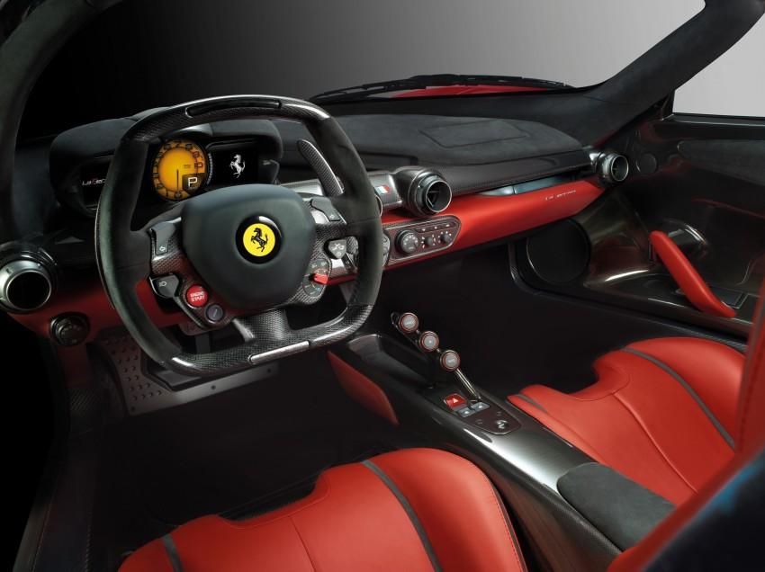 New LaFerrari replaces Enzo as the fastest Ferrari ever Image #159308