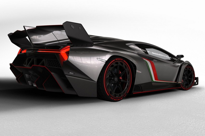 Wild Lamborghini Veneno is a 750 hp road-legal racer; limited to just three units, and they are all spoken for Image #159012