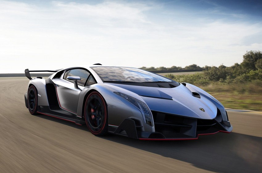 Wild Lamborghini Veneno is a 750 hp road-legal racer; limited to just three units, and they are all spoken for Image #159016