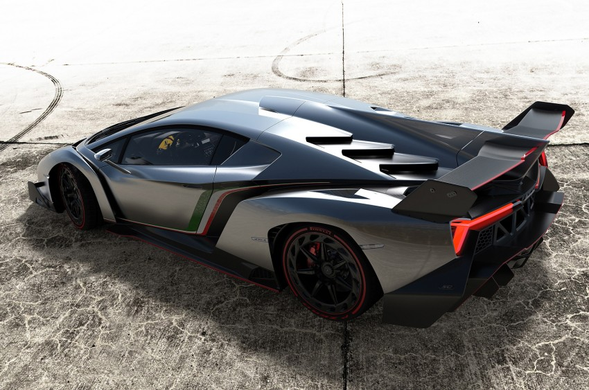 Wild Lamborghini Veneno is a 750 hp road-legal racer; limited to just three units, and they are all spoken for Image #159019
