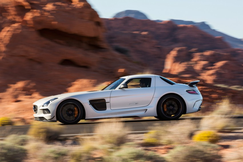 Michelin Pilot Sport Cup 2 tyres to debut on SLS Black Image #162006