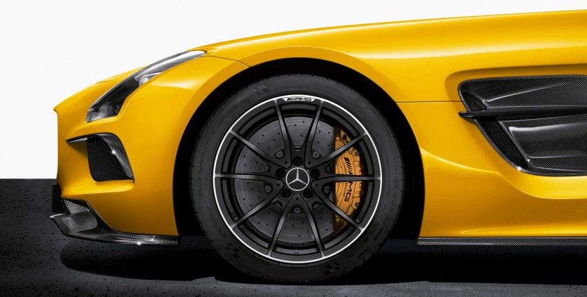 Michelin Pilot Sport Cup 2 tyres to debut on SLS Black Image #162010