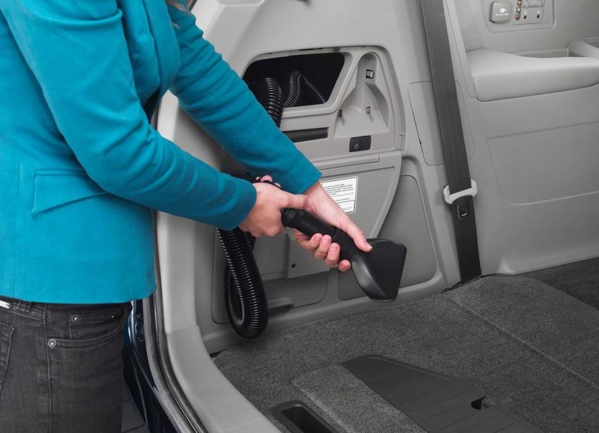 2014 Honda Odyssey Touring Elite minivan debuts new HondaVAC in-car vacuum cleaner Image #164380