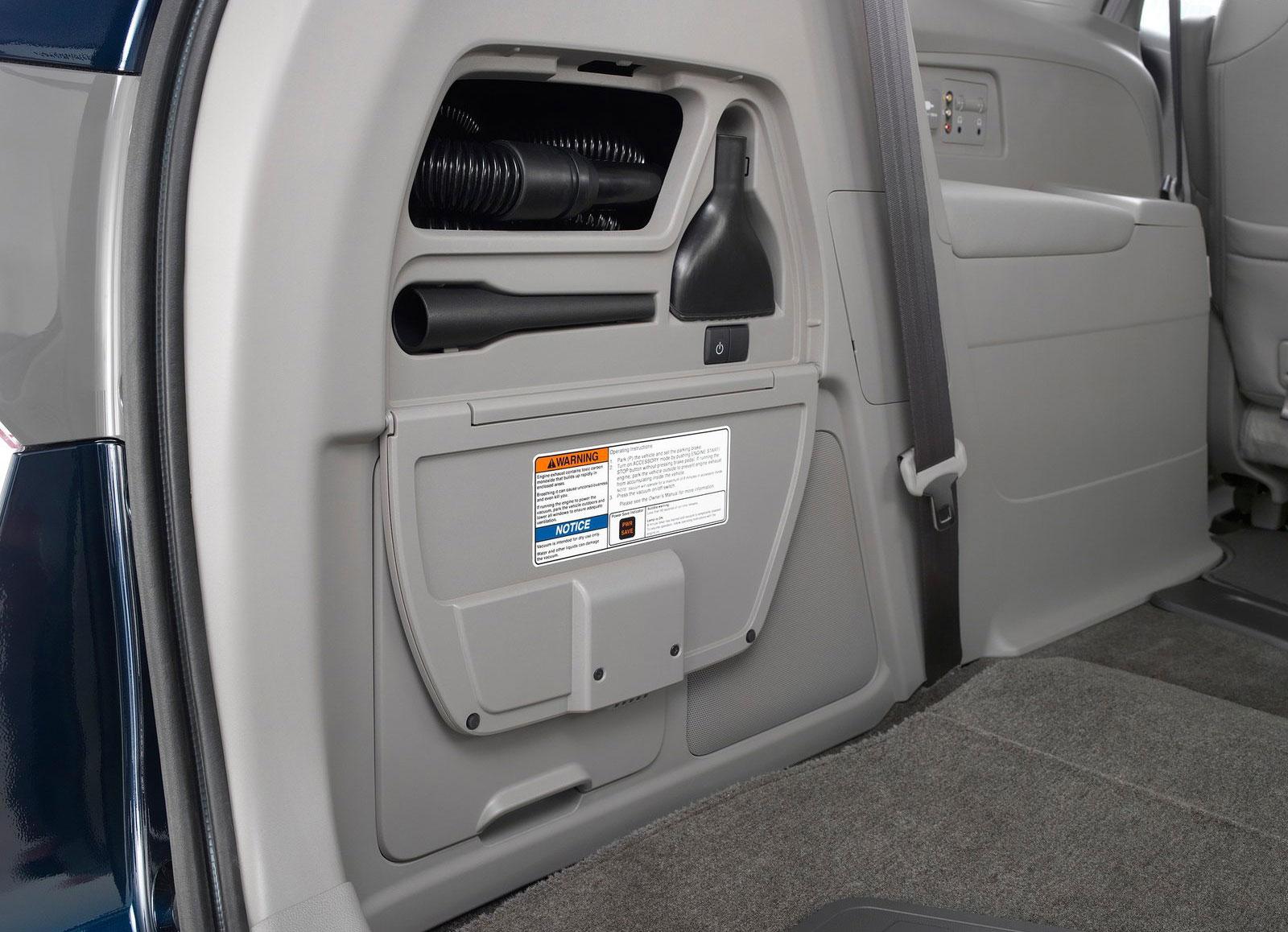 2017 Honda Odyssey Touring Elite Minivan Debuts New Hondavac In Car Vacuum Cleaner Image