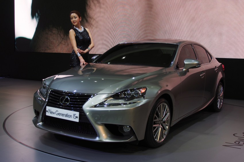 Seoul 2013: Lexus IS 250 live in the metal Image #164928