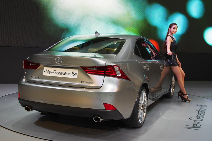 Seoul 2013: Lexus IS 250 live in the metal Image #164922