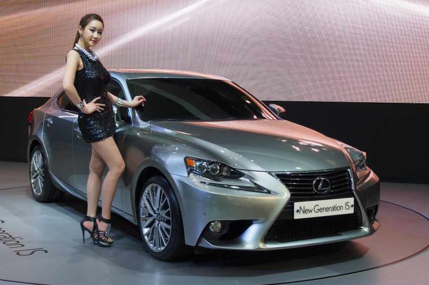 Seoul 2013: Lexus IS 250 live in the metal Image #164917