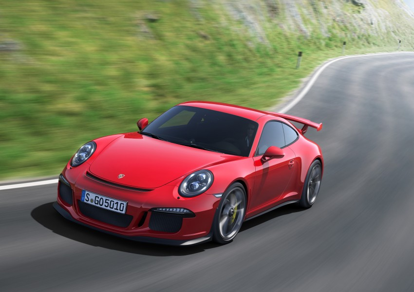 Fifth-generation Porsche 911 GT3 unveiled in Geneva; 475 hp and active rear-wheel steering but PDK only Image #159083