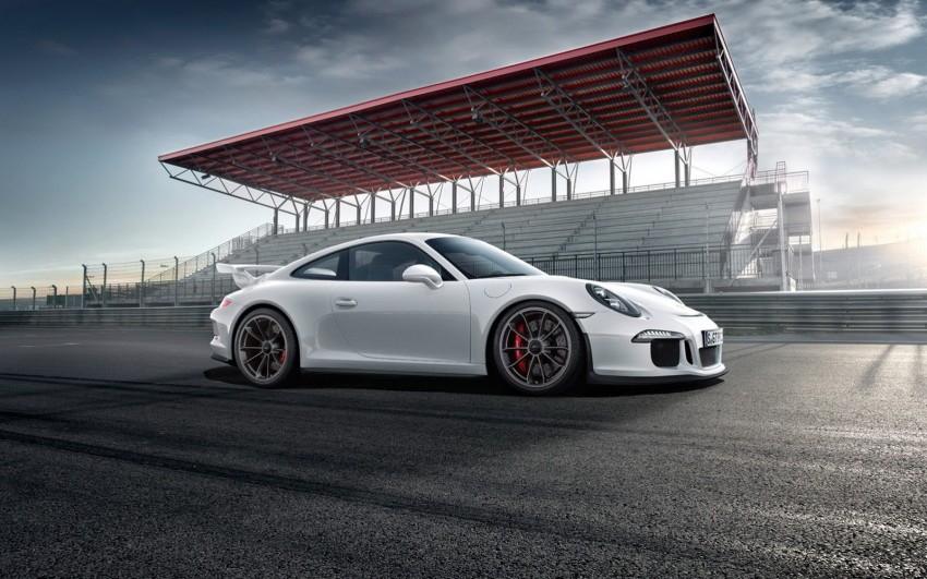 Fifth-generation Porsche 911 GT3 unveiled in Geneva; 475 hp and active rear-wheel steering but PDK only Image #159093
