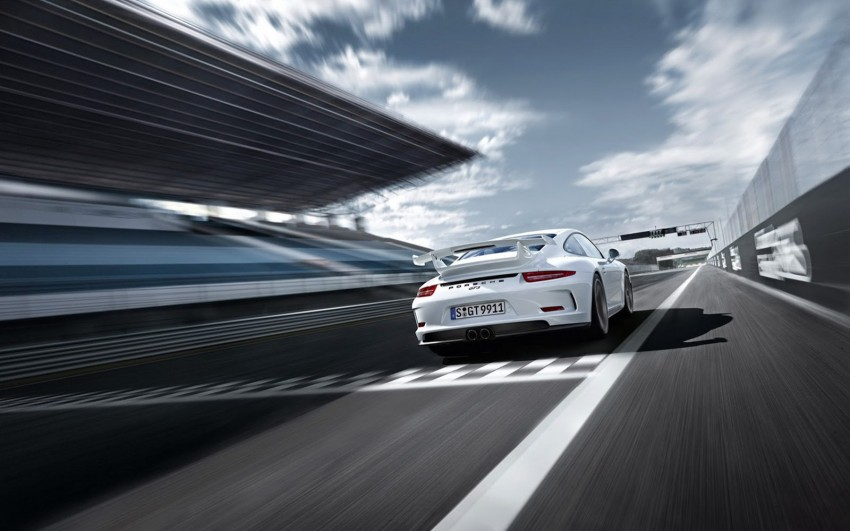Fifth-generation Porsche 911 GT3 unveiled in Geneva; 475 hp and active rear-wheel steering but PDK only Image #159098