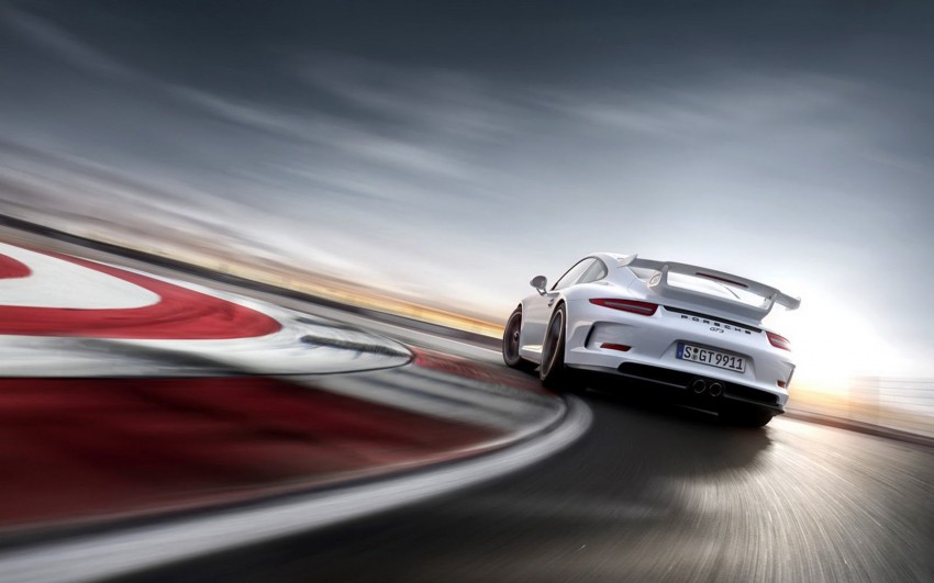 Fifth-generation Porsche 911 GT3 unveiled in Geneva; 475 hp and active rear-wheel steering but PDK only Image #159100