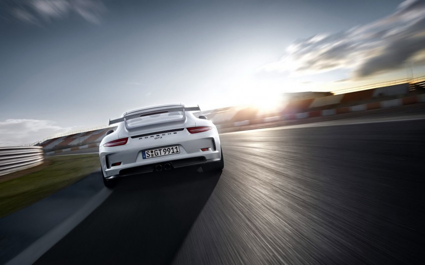 Fifth-generation Porsche 911 GT3 unveiled in Geneva; 475 hp and active rear-wheel steering but PDK only Image #159102