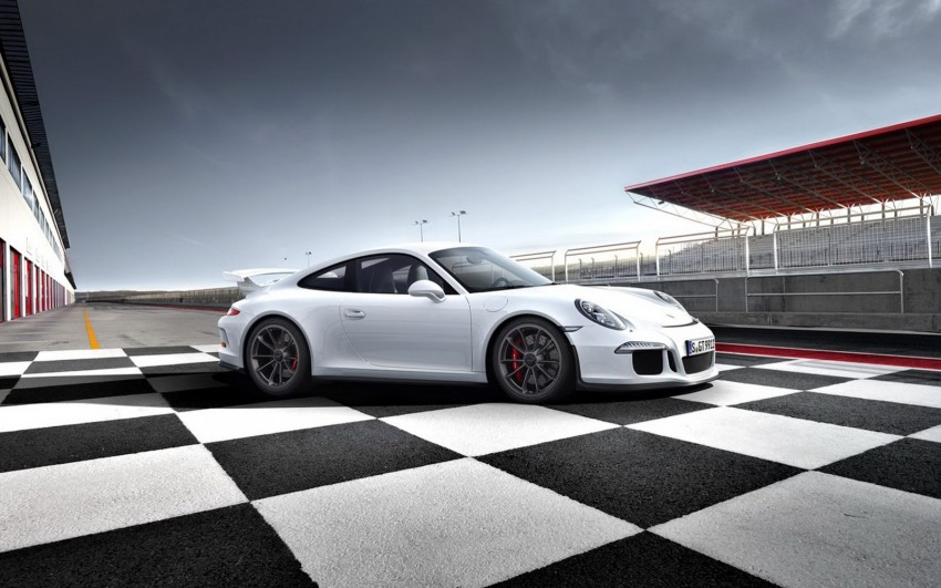 Fifth-generation Porsche 911 GT3 unveiled in Geneva; 475 hp and active rear-wheel steering but PDK only Image #159103