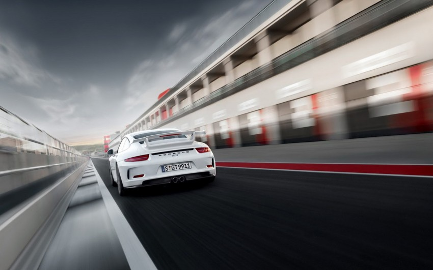 Fifth-generation Porsche 911 GT3 unveiled in Geneva; 475 hp and active rear-wheel steering but PDK only Image #159105
