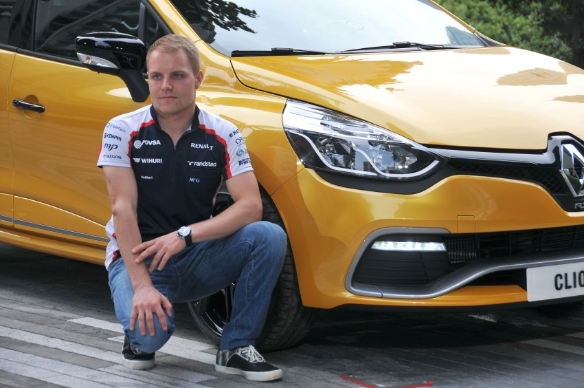 Renault Clio RS 200 EDC makes its Asian debut in KL, presented by the Williams Formula One racing drivers Image #162839
