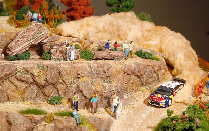 Citroën hails Loeb and Elena record with a diorama Image #158627
