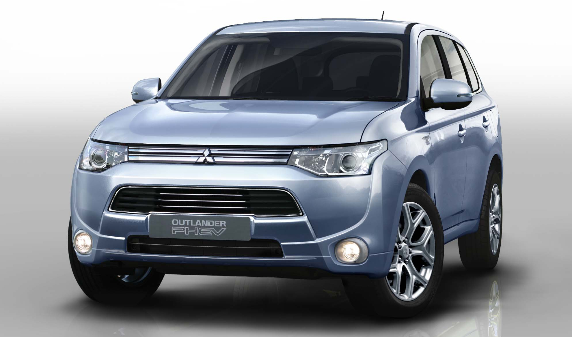 Mitsubishi Outlander PHEV to be launched in Malaysia by end 2013