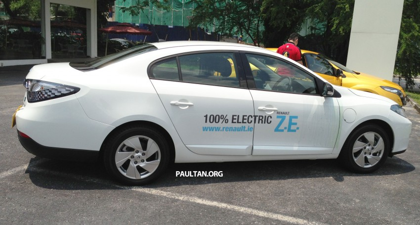 Renault Fluence Z.E. with tradeplates spotted in PJ Image #163721