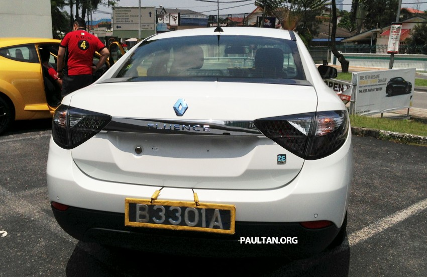 Renault Fluence Z.E. with tradeplates spotted in PJ Image #163718