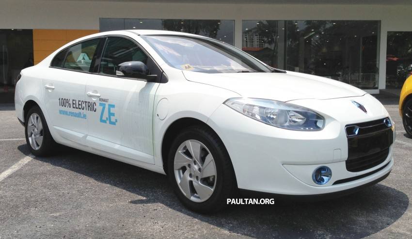 Renault Fluence Z.E. with tradeplates spotted in PJ Image #163722