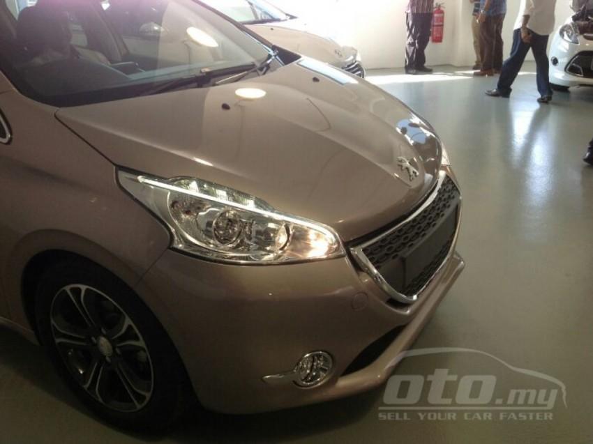 Peugeot 208 – pics of Malaysian spec car surface! Image #162801