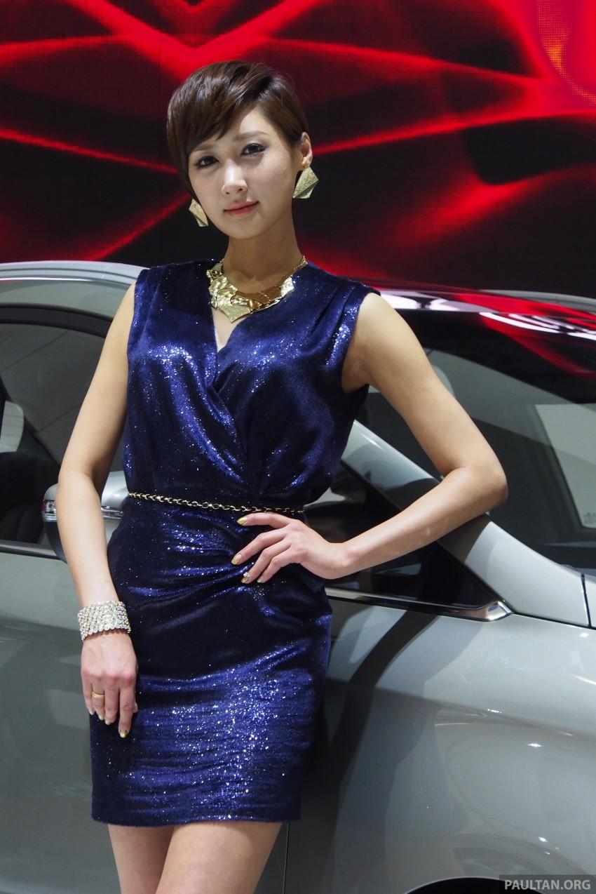 Seoul 2013 – Gangnam Girls say annyeong haseyo! Image #165246