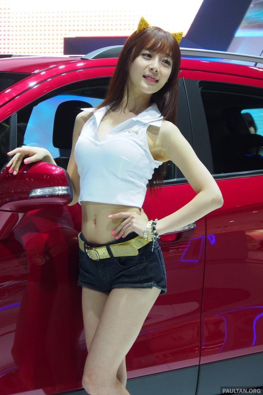 Seoul 2013 – Gangnam Girls say annyeong haseyo! Image #165258